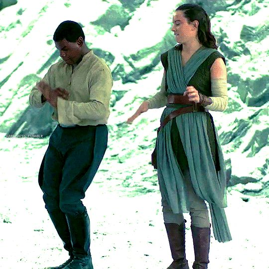 <><> Behind the scenes on The Last Jedi. XD