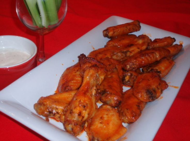 Yum... I'd Pinch That!   Crispy Sticky Oven Hot Wings #recipe #justapinch