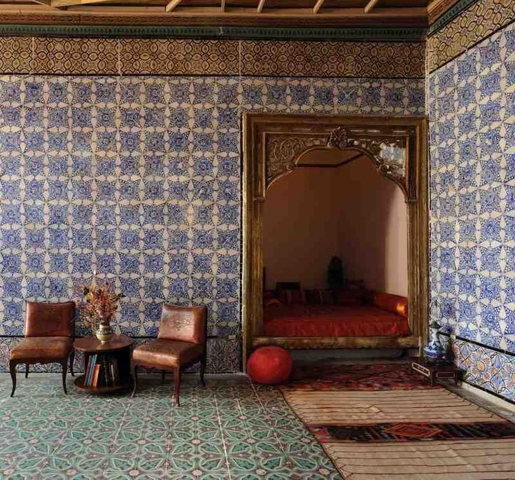 Love the tiles all over the wall and the color combo (La chambre bleue, Tunis)