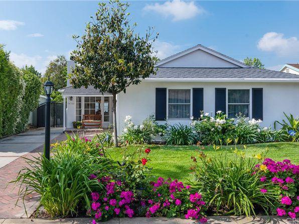 4950 Mammoth Ave Sherman Oaks Ca 91423 Mls 19474086 Zillow Los Angeles Homes Sherman Oaks Zillow