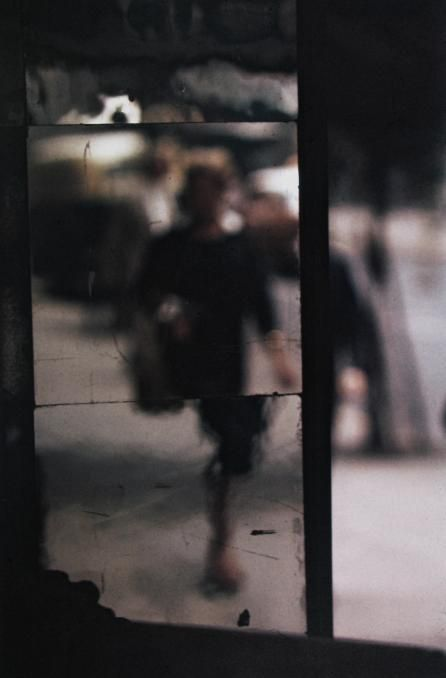 SAUL LEITER - Shopper, 1953