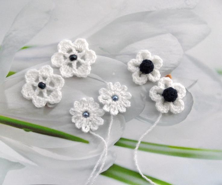 Small flowers applique   https://www.etsy.com/shop/CraftsbySigita?ref=si_shop