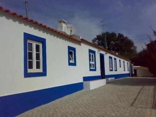 Casa e cores alentejanas.  Alentejo Home and colors.