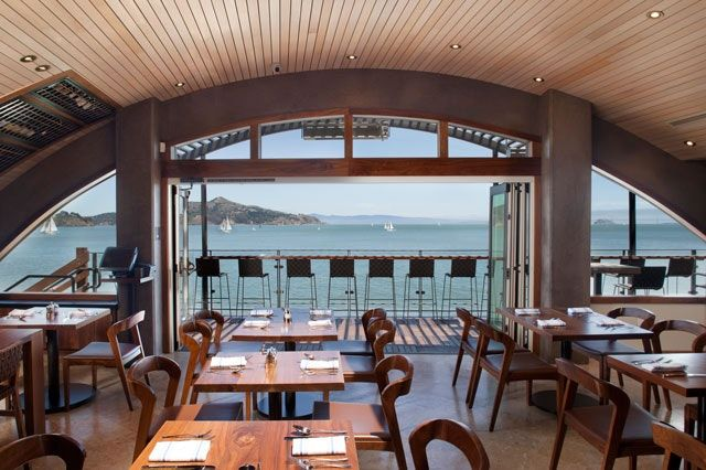 9 Great Restaurants With A View In The United States Sausalito California Restaurants Sausalito California