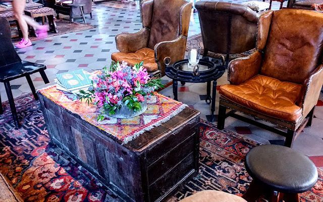 timeless, eclectic, cozy, casual, mixed style room and furniture - Hotel Emma, San Antonio, TX