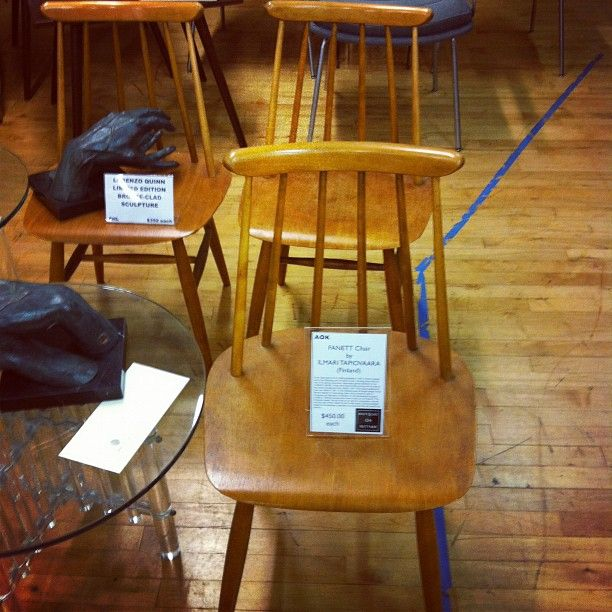 saw these chairs at the antique store today