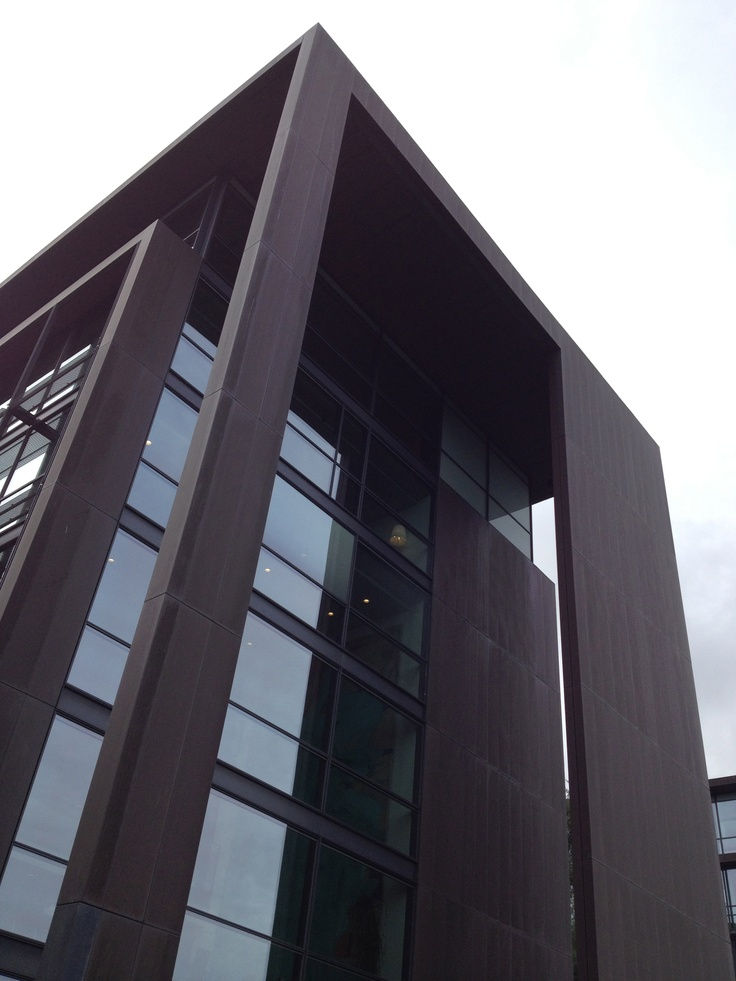 Copenhagen / Office building by Henning Larsen Architects