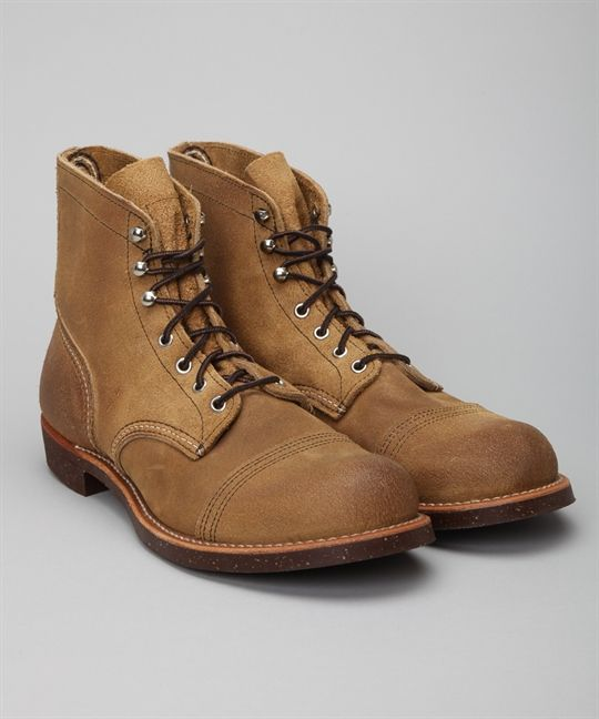 Buy Red Wing Shoes Iron Ranger 8113 Shoes at Lester Store Online. We offer Red Wing Shoes Iron Ranger 8113 Boots and other selected brands. Lester Shoes offers express delivery worldwide and secure payments.