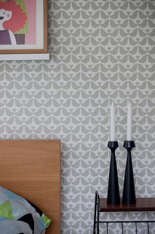 Lovebird wallpaper in stone  isak - let's have it in the bedroom!