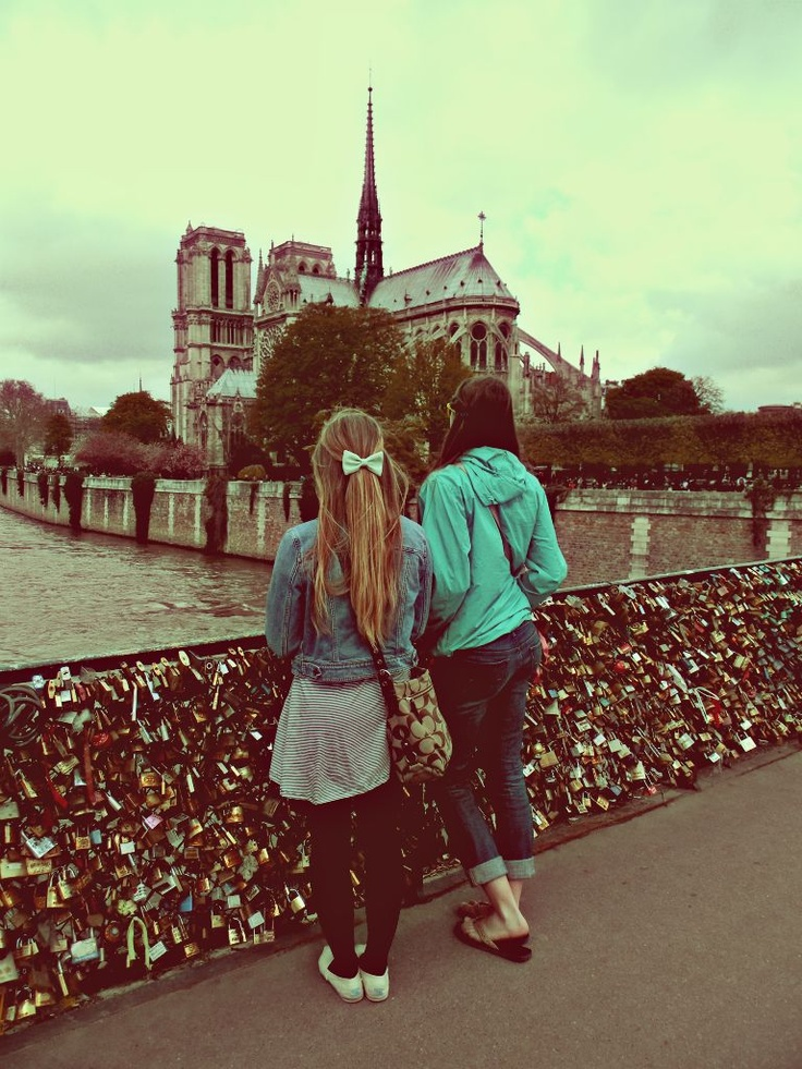 love lock bridge - paris