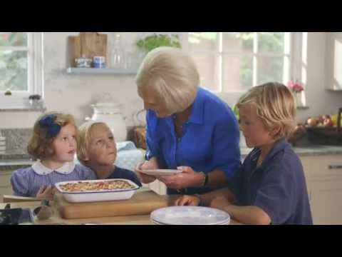 Mary Berry's Lasagne Express (The Countryside) - YouTube