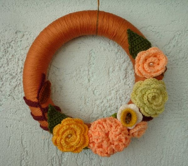 crochet autumn wreath