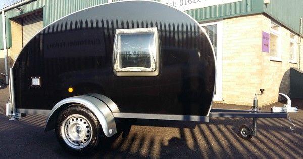les 25 meilleures id es de la cat gorie caravane teardrop sur pinterest caravanes teardrop. Black Bedroom Furniture Sets. Home Design Ideas