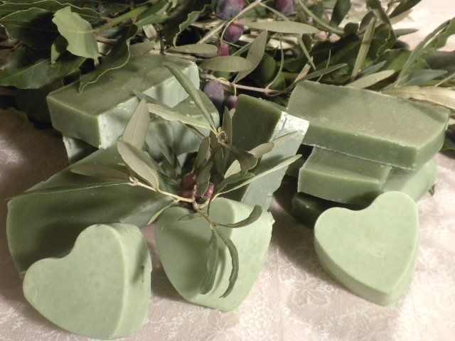 Traditional, handmade soap, with laurel oil  and natural laurel fragrance!www.facebook.com/sapounospito
