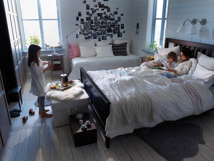 Find This Pin And More On Dormitorios El Lugar De Tus Sueños By Ikeaislas A Collection Of Beautiful Ikea Bedroom