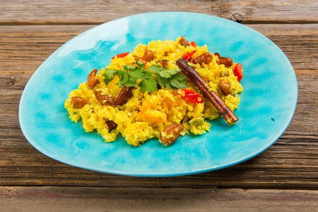 Изумительный индийский бириани   сегодня приготовить по нашему пошаговому рецепту, который вполне по силам и по карману практически любой хозяйке.