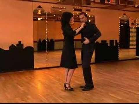 Discofox Grundschritt - Get the Dance (getthedance.com) - YouTube