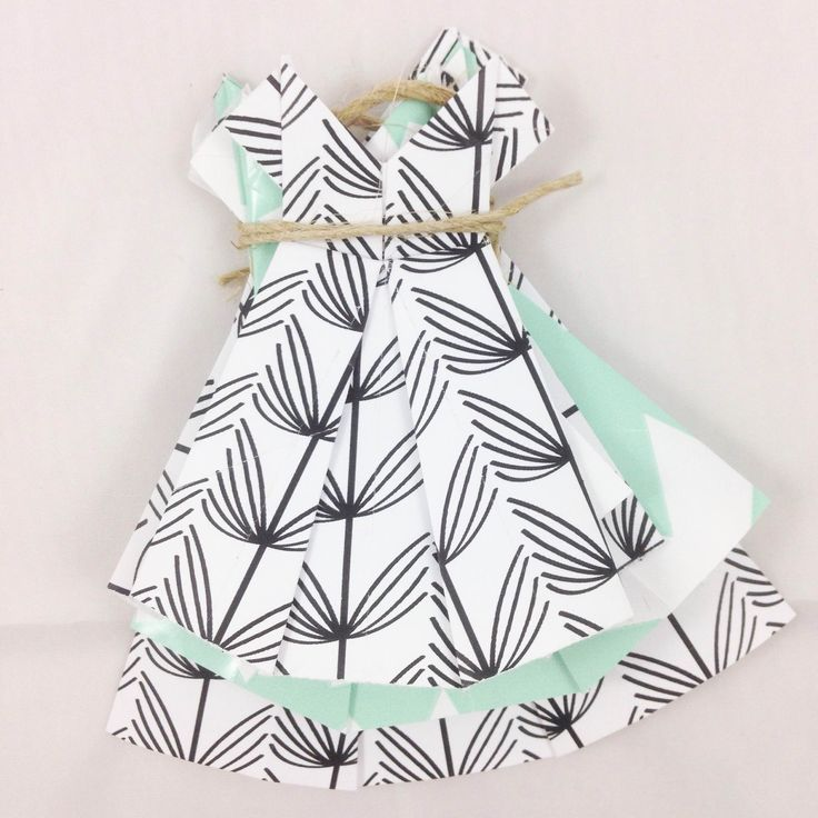 DIY | How to fold a origami dress | Make it yourself | www.metdehand.nl | tutorial