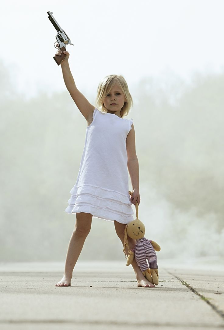 pthc girls Kids with guns: Girls Guns, Art, Girls Andguns, Baby, Kids,