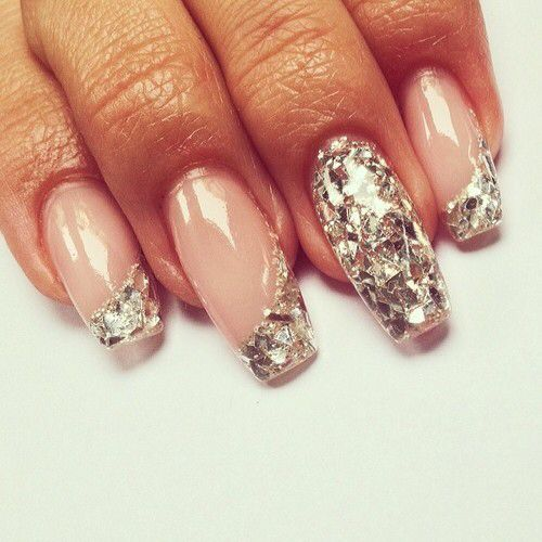 Very nice, clear and silver diamante nails! Very nice xx