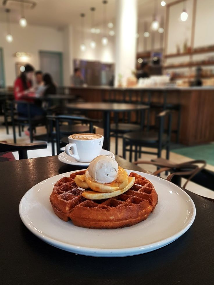 """Banana Waffle"", 1/15, Jakarta"