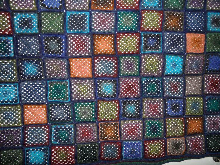 Blanket, torkkupeitto lankana Lang Yarns