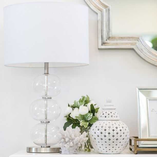 Hamptons Style On Instagram Classic Timeless Beauty Featuring The Lily Table Lamp Miccah Hamptons Style Hamptons House Interior Hamptons Style Homes