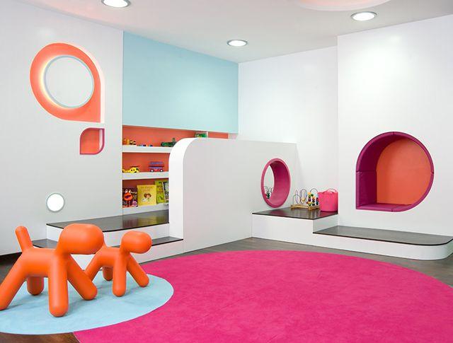 Cool dental clinics modern dentist offices smile savvy for Marketing office design