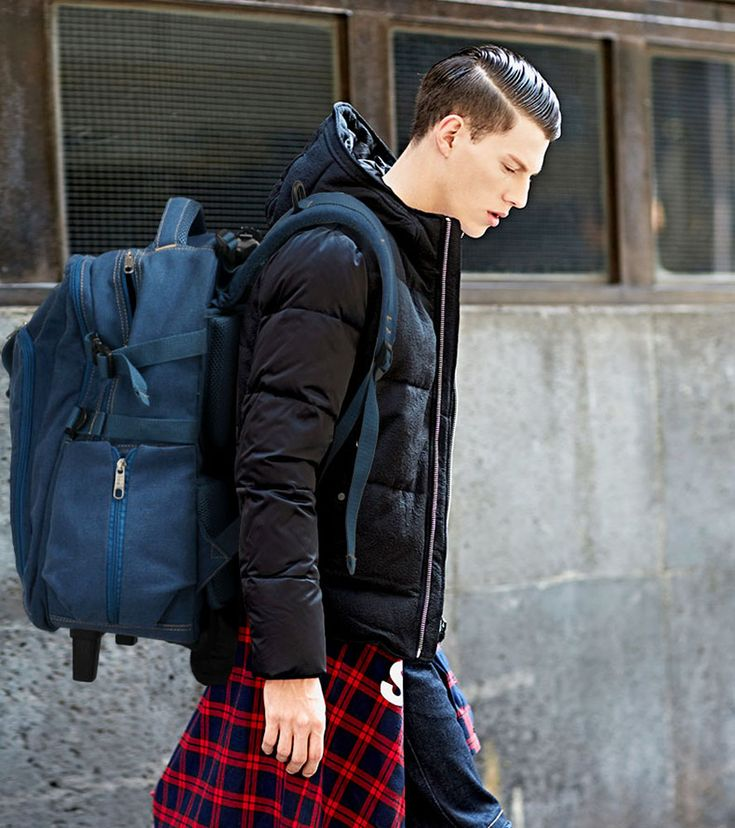 Add a hint of sports flavour to your rucksack collection.