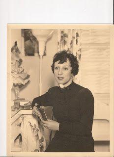 Richard Skipper Celebrates...: Dottie Ponedel –A pioneer with a brush!