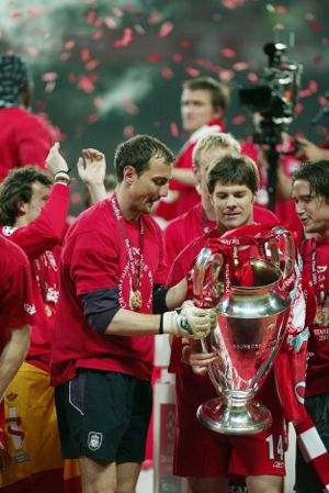 Jerzy and Xabi get their hands on the cup