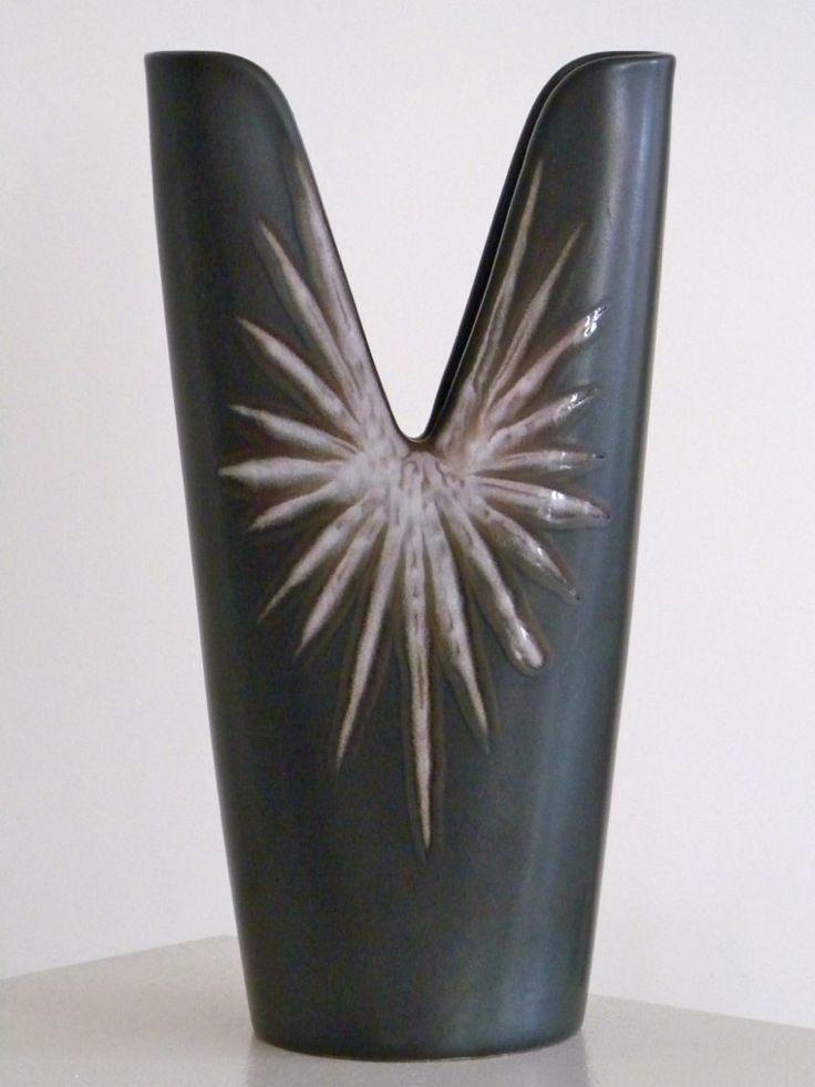 BURGUNDIA two pronged vase by Holm Sørensen