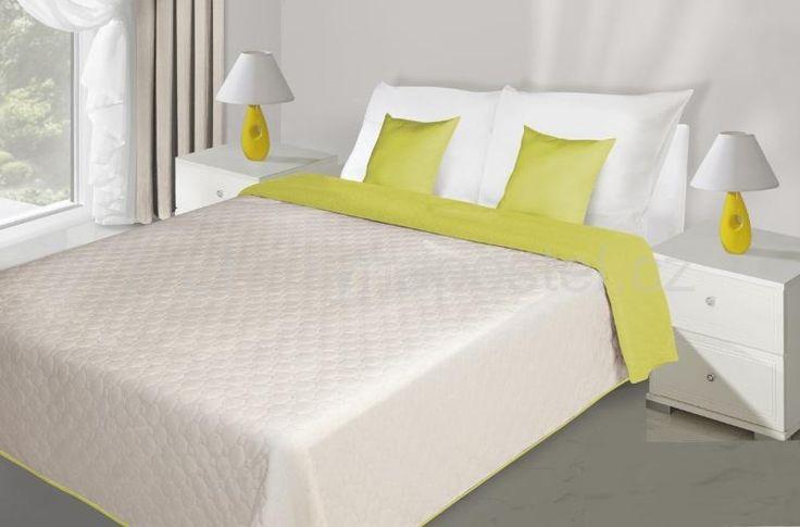 Prošívaný krémově limetkový přehoz na postel