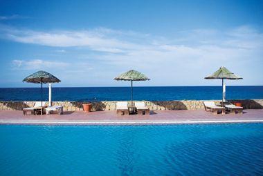 Manolya Hotel - North Cyprus Hotels - Direct Traveller
