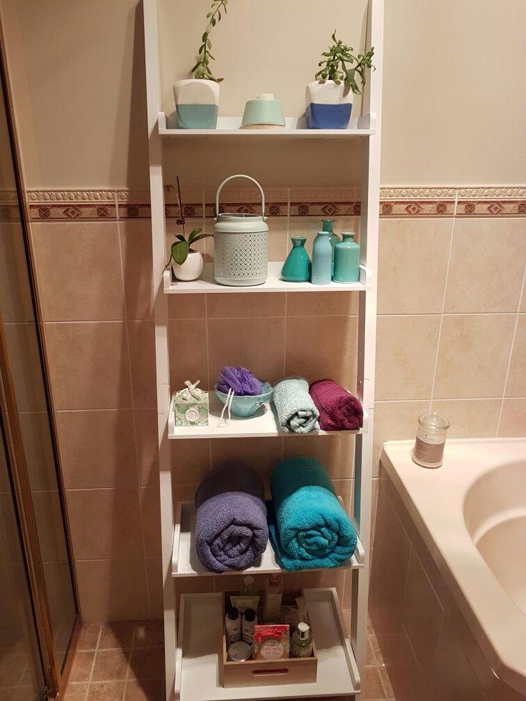 Bathroom ladder shelves