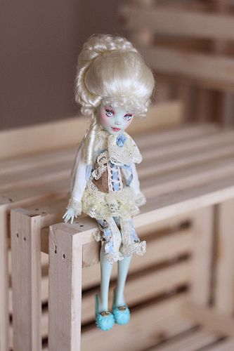 I can't tell who this was. Monster high repaint.
