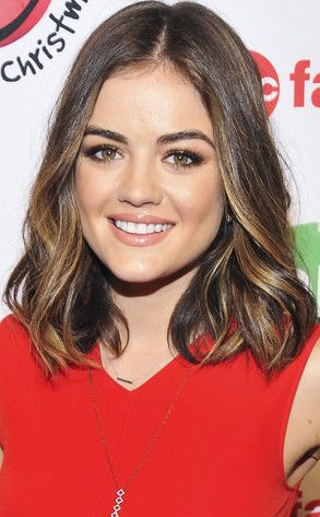 Another, better view of Lucy Hale's collarbone-skimming hair with a nice balayage/highlight technique.