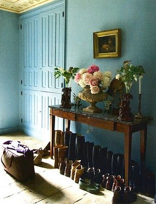 love this shade of ocean blue.: Wall Colors, Country Houses, Mudroom, Wall Colour, Blue Wall, Mud Rooms, English Country, Riding Boots, Robins Eggs Blue