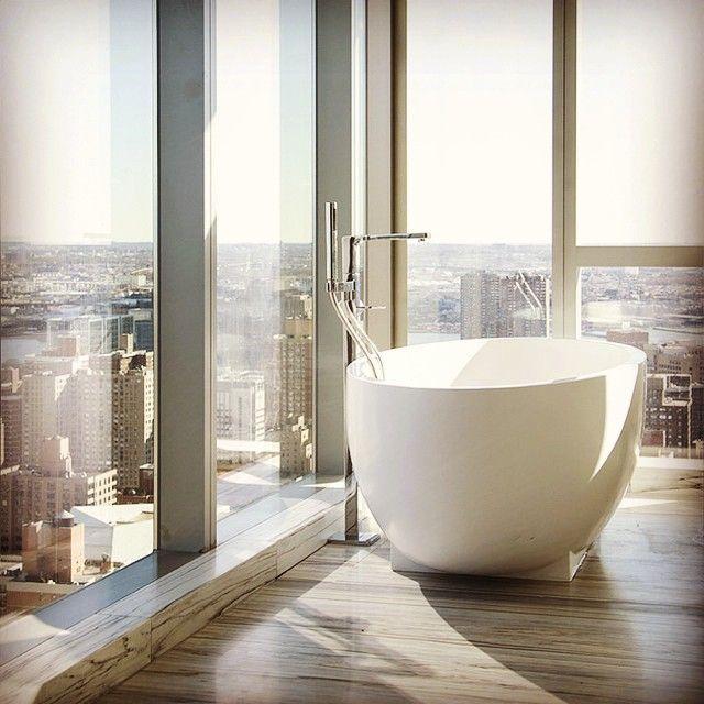 apaiser bathing Manhattan style! #apaiser #marble #bath #freestandingbath #custom #haven #onemadison #newyork #yabupushelberg #bathroom #modernbathroom #interiors #interiorarchitecture #architecture #designers #interiordesign #reclaimedmarble