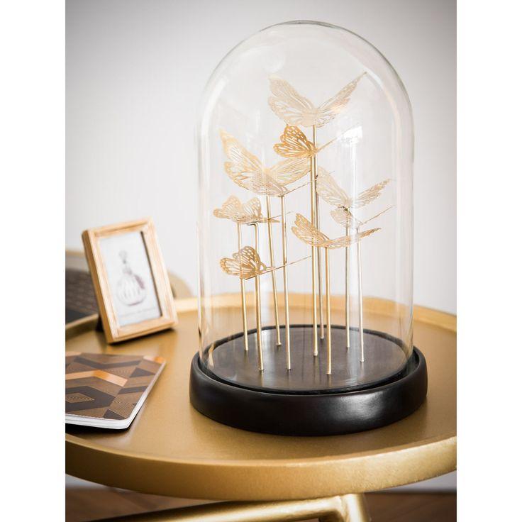 Cloche en verre avec papillons dorés