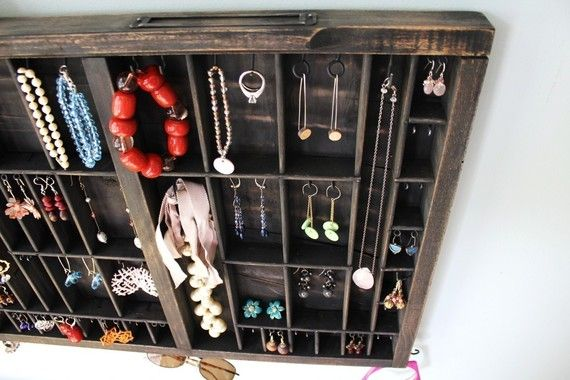 Drawer jewelry holderStorage Solutions, Jewelry Storage, Luxury House, Jewelry Display, Organic Jewelry, Vintage Modern, Jewelry Holders, Design Home, Modern Jewelry
