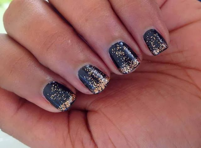 Beautiful Glitter Nail Art Designs With Black Base Color