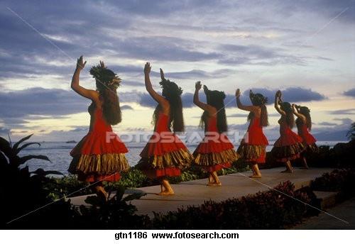 hawaiian dancers preforming a hula