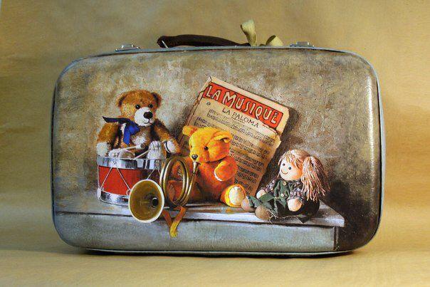 """Декор в винтажного чемодана """" Мишка едет в лагерь"""""""