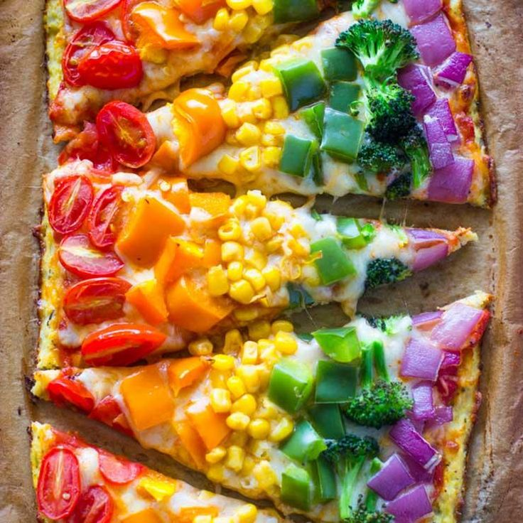 Rainbow pizza http://www.eatclean.com/recipes-how-to/healthy-rainbow-colored-foods/rainbow-pizza-with-cauliflower-crust