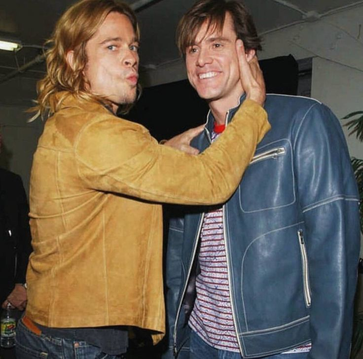 @HistoryInPix : Brad Pitt and Jim Carrey. https://t.co/XR6EoTioLM