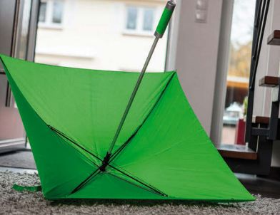 Ne érje váratlanul a nyári esőzés! QUATRO esernyők, 4 panellel és alumínium nyéllel! http://www.1kcloud.com/ep1fYJKO/#322