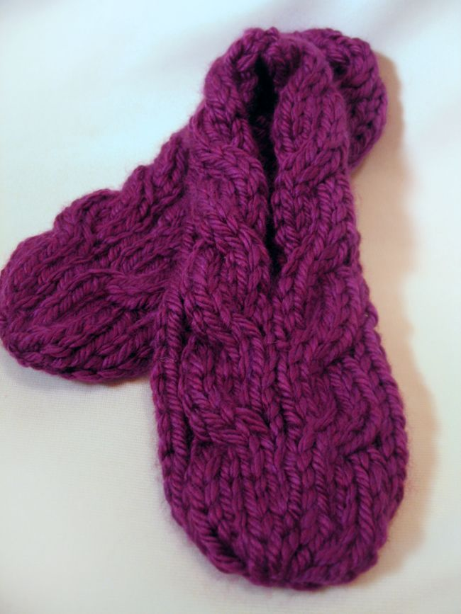 Super Quick to Make (2-1/2 hrs) Slippers: free knitting pattern
