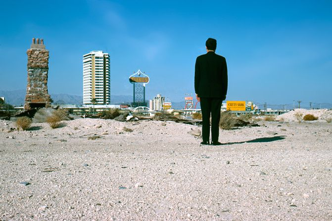 Las Vegas style, Bob style and Magritte style, with mannerist plays of scale, 1966. Photo by Denise Scott Brown. © Venturi, Scott Brown and Associates