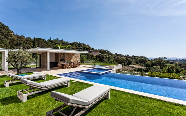 #france#luxuryvilla#vacations#St.Tropez#relax#lacurevillas#travel#luxuryvacation#lovelyviews#europe#pool